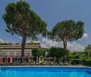 Hotel Hermitage, Szállodák  Marina di Massa - big - 51