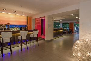Hotel Hermitage, Szállodák  Marina di Massa - big - 27