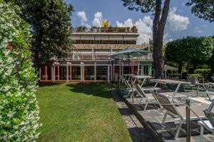 Hotel Hermitage, Szállodák  Marina di Massa - big - 63