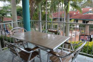 Beaches Serviced Apartments, Aparthotels  Nelson Bay - big - 5