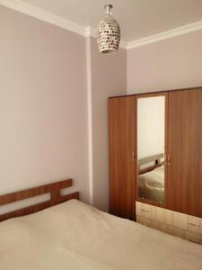 Giorgi Apartment, Apartmány  Batumi - big - 8