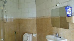 Waecicu Beach Inn, Guest houses  Labuan Bajo - big - 23