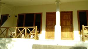 Waecicu Beach Inn, Penziony  Labuan Bajo - big - 17