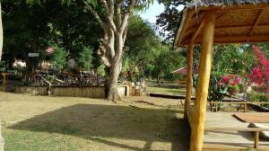 Waecicu Beach Inn, Penziony  Labuan Bajo - big - 38