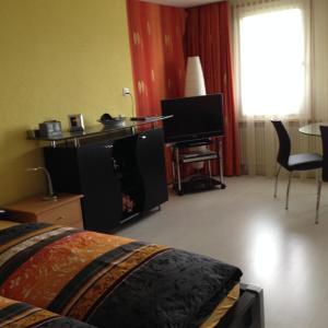 Chalet Blümlisalp, Apartments  Beatenberg - big - 6