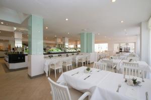 Iberostar Ciudad Blanca, Hotel  Port d'Alcudia - big - 34