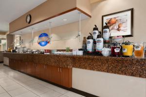 Baymont Inn & Suites Columbia Northwest, Hotels  Columbia - big - 9
