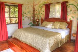 One-Bedroom Bungalow