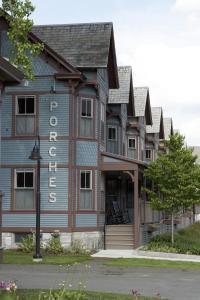 The Porches Inn at MASS MoCA (32 of 45)