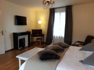 Propriété La Claire, Отели типа «постель и завтрак»  Онфлер - big - 17