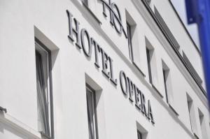 Hotel Opera, Отели  Тарновске-Гуры - big - 27