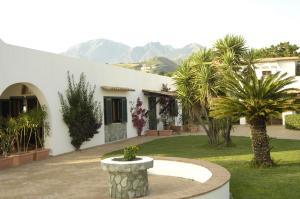 Villa Sangineto Resort