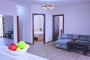New apartment 2 in the city center, Apartments  Batumi - big - 3