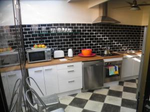 Jerningham Street Cottage, Отели типа «постель и завтрак»  Аделаида - big - 10