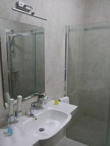 Hotel Сomplex Ak-Zhaik, Hotely  Karagandy - big - 102