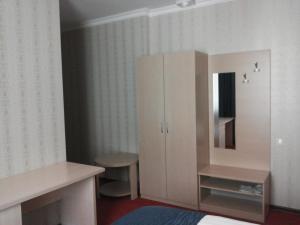 Hotel Сomplex Ak-Zhaik, Hotely  Karagandy - big - 108