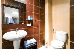 Apartamenty Prestige, Гостевые дома  Закопане - big - 13
