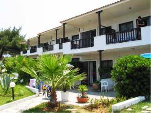 Villa Madeleine, Appartamenti  Nea Fokea - big - 21
