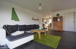 Villa Calm Sailing, Apartmanok  Börgerende-Rethwisch - big - 24