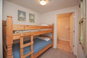 One-Bedroom Apartment 1402