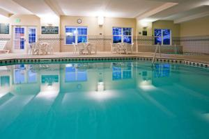 Country Inn & Suites by Radisson, St. Cloud East, MN, Hotels  Saint Cloud - big - 1