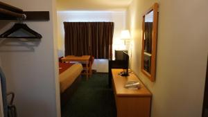 Econo Lodge Prineville, Hotels  Prineville - big - 17