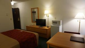 Econo Lodge Prineville, Hotely  Prineville - big - 11