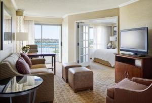 One-Bedroom King Suite with Bay View