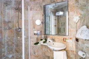 Adler Cavalieri Hotel, Hotels  Florenz - big - 12