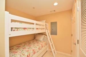 Two-Bedroom Apartment 307W