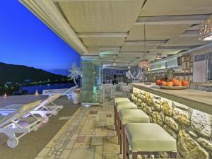 Eirini Luxury Hotel Villas, Villen  Grikos - big - 69