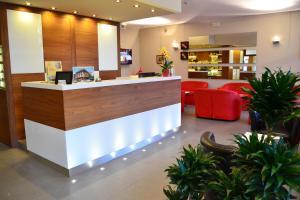 Hotel Midi