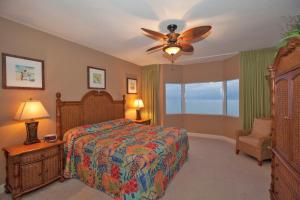 Two-Bedroom Apartment with Gulf View - 1805