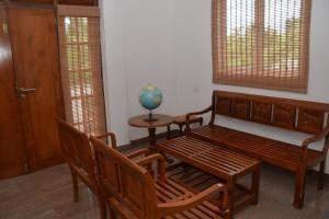 Merit Hotel, Hotels  Anuradhapura - big - 12