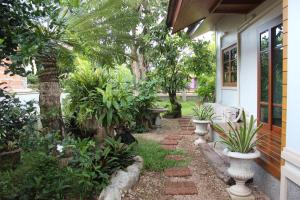 Tree Home Plus, Homestays  Nakhon Si Thammarat - big - 48