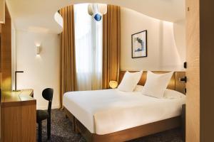 Hotel Marignan Champs-Elysées, Отели  Париж - big - 22