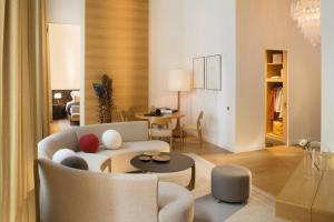 Hotel Marignan Champs-Elysées, Отели  Париж - big - 34