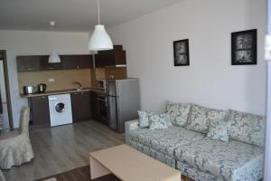 Konstantin Holiday Sea Apartments, Apartmány  St. St. Constantine and Helena - big - 8