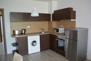 Konstantin Holiday Sea Apartments, Apartmány  St. St. Constantine and Helena - big - 14