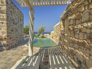 Eirini Luxury Hotel Villas, Vily  Grikos - big - 49
