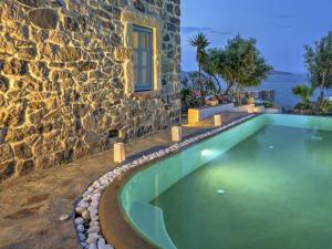 Eirini Luxury Hotel Villas, Vily  Grikos - big - 47