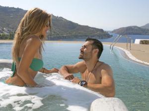 Eirini Luxury Hotel Villas, Villen  Grikos - big - 85