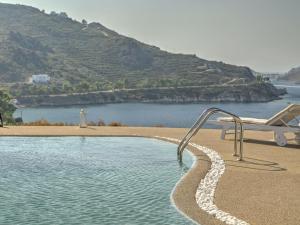 Eirini Luxury Hotel Villas, Villen  Grikos - big - 82
