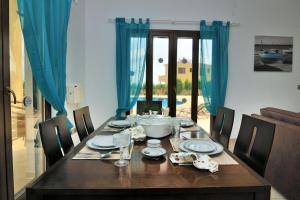 Villa Agios Ilias 2, Vily  Coral Bay - big - 7