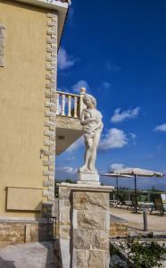 Villa Agios Ilias 2, Vily  Coral Bay - big - 4