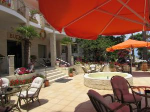 Bueno Hotel, Residence  Platanes - big - 58