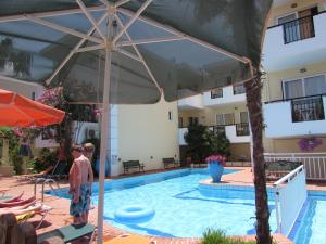 Bueno Hotel, Residence  Platanes - big - 33