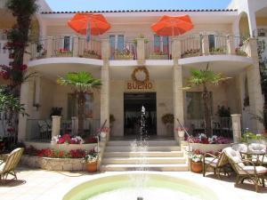 Bueno Hotel, Residence  Platanes - big - 5