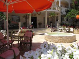 Bueno Hotel, Residence  Platanes - big - 4