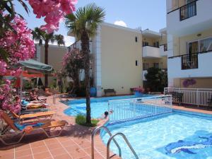 Bueno Hotel, Residence  Platanes - big - 22